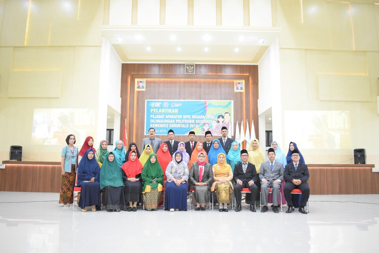 25 Pejabat ASN Poltekkes Gorontalo Dilantik